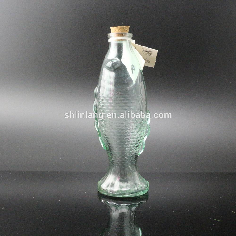 Fancy Zaļā krāsa Zivju formas stikla vāze formas dekorēšanai
