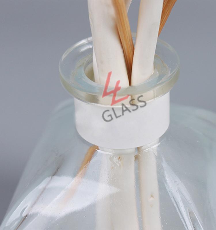 Fragrance oil glass bottle30ml 50ml 60ml 80ml 100ml 120ml 150ml 160ml 200ml frosted diffuser glass bottle with sticks